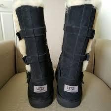 womens ugg maddi boots ugg maddi big size 5 or in 7 from roberta s