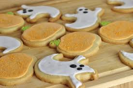 spooky ginger spiced sugar cookies for halloween xameliax