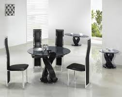 small dining room ideas with round tables