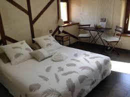 chambre et table d hote aveyron chambres table d hôtes les hôtes du lac chambres à castelnau