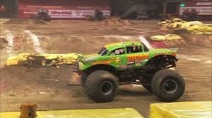 video de monster truck monster jam jim koehler u0026 avenger monster truck full freestyle