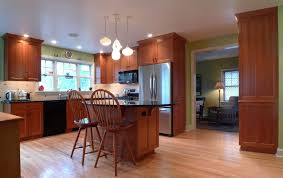 Paint Colors For Kitchens With Maple Cabinets by Paint Colors That Go With Natural Maple Cabinets Home Design Ideas
