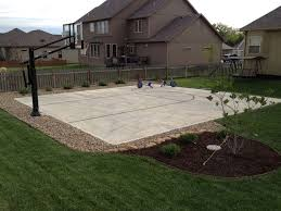Backyard Sport Court Cost by Best 25 Basketball Systems Ideas Only On Pinterest Backyard