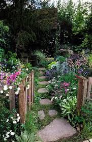 Cottage Backyard Ideas Best 25 Cottage Gardens Ideas On Pinterest Small Cottage Garden