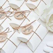 wedding favors 1 wedding favor etiquette are wedding favors a must brides