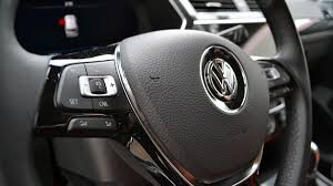volkswagen tiguan black interior gallery look at the 2018 volkswagen tiguan interior autoweek