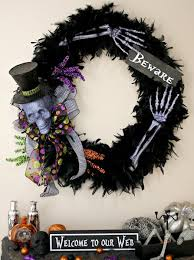 11 terrific diy halloween wreaths inspiration diy