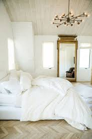 Best  White Bedding Ideas On Pinterest Fluffy White Bedding - Ideas for a white bedroom