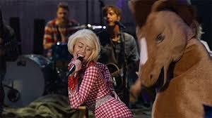 Miley Cyrus Twerk Meme - hoedown throwdowns twerking on horses madonna mashups the best