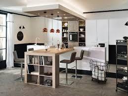 table ilot cuisine haute un îlot central pour une cuisine ouverte conviviale lofts