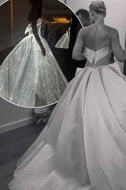 zac posen light up gown claire danes dress zac posen and fashion show collection different