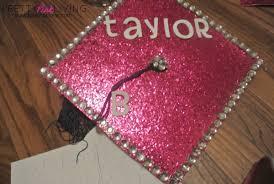 pink graduation cap diy graduation cap decorating prettypinkgrad pretty pink living