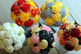 cupcake gift baskets this new jersey bakery makes the best cupcake bouquets epic jersey