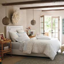 Simple Master Bedrooms Simple Master Bedroom Photos And Video Wylielauderhouse Com