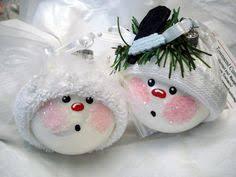 wedding ornaments and groom tree bulbs