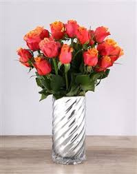 Red Flowers In A Vase Buy Roses Online Netflorist Same Day Delivery