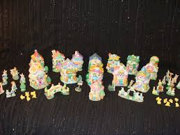 hoppy hollow easter hoppy hollow easter figurines 2002 54 pieces easter