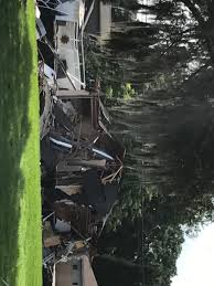growing sinkhole destroys homes in land o u0027lakes wlrn