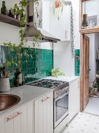 what color backsplash with white kitchen cabinets these backsplash ideas bring out the best of white kitchen