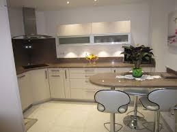 couleur pour la cuisine cuisine taupe quelle couleur pour les murs avec la cuisine couleur