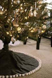 25 best sewing projects for the holidays tree skirts