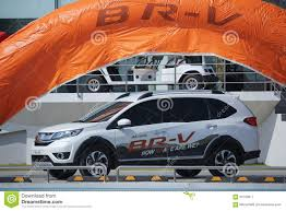 private car honda brv editorial photography image of traffic