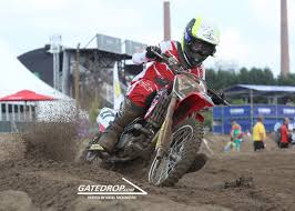 how much do pro motocross riders make pro riders wearing or not wearing neck braces moto related