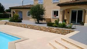 revetement pour escalier exterieur revêtement de sol et de mur en moquette de pierre à montpellier