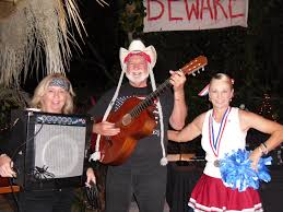 very clever idea for a halloween costume willie nelson and his