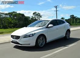2013 volvo semi 2013 volvo v40 d4 kinetic review video performancedrive