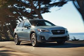 subaru outback touring 2018 2018 subaru crosstrek gets small price increase motor trend