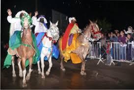 imagenes de los reyes magos y sus animales la lluvia no frenó el entusiasmo por los reyes info radio