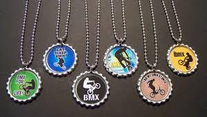 bottle cap necklaces ideas love the bmx bottle cap necklaces pappa pinterest bolsas de