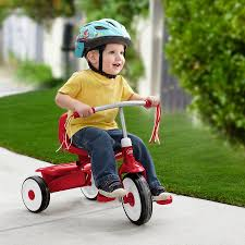Radio Flyer Ready Ride Scooter Perfect Toys For Tiny Spaces Radio Flyer Word On The Sidewalk