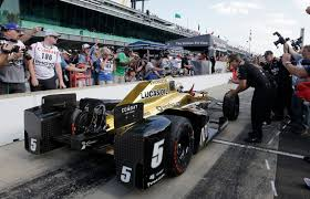 valley news a year after near fatal crash hinchcliffe wins indy