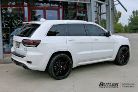jeep grand cherokee custom interior jeep grand cherokee with 22in savini bm13 wheels exclusively from
