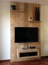 mensole sotto tv 16 idee creative per avere un mobile porta tv orginale in legno