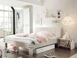 chambre acacia lit malta en acacia massif hasena fabricant suisse meuble pour la