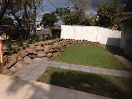 bush rocks brisbane warwick helidon call 0400 992 560