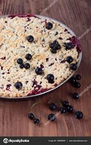 sand kuchen mit schwarzen johannisbeeren stockfoto galene 148498539