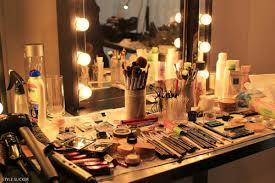 Diy Makeup Vanity With Lights I Am Elizabeth Martz Beauty Fashion U0026 Lifestyle Blog Diy Your