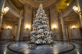 10 of the most beautiful christmas trees in the us