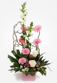 Mother S Day Flower Order Mother U0027s Day Flowers With A Surprise Delivery On Sunday 26th