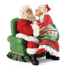 mr and mrs claus figurines santa and mrs claus