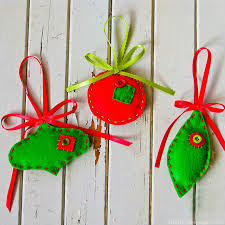 felt ornaments easy tutorial