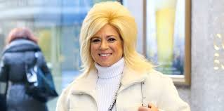 theresa tlc hair styles good grief theresa caputo spills the deets on heaven in new book