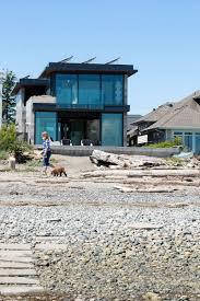 tsawwassen beach house by frits de vries architects