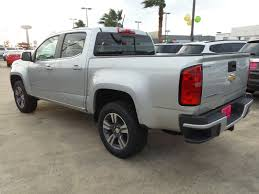 new 2017 chevrolet colorado 2wd lt crew cab pickup in port lavaca