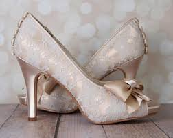 wedding shoes jogja design your custom wedding shoes by elliewrenweddingshoe on etsy