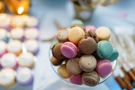 macaron wedding favors macarons cheap wedding favors popsugar smart living photo 3